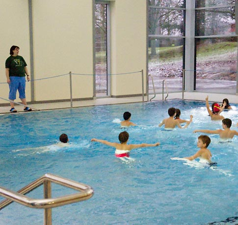 Lehr- und Nichtschwimmerbecken