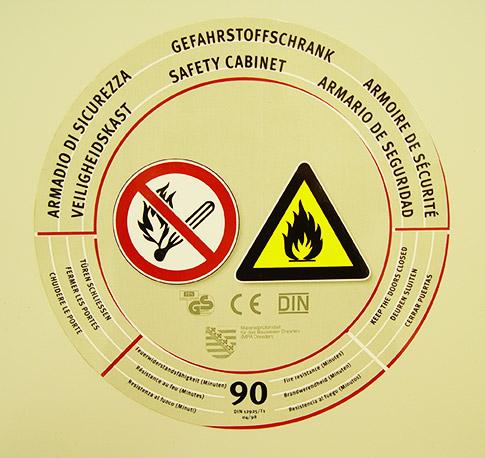 Lagerschränke für Gefahrstoffe
