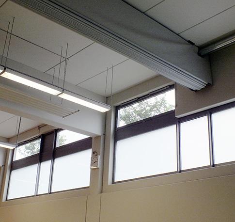 sichere schule sporthalle nat rliche k nstliche beleuchtung 03 quellen. Black Bedroom Furniture Sets. Home Design Ideas